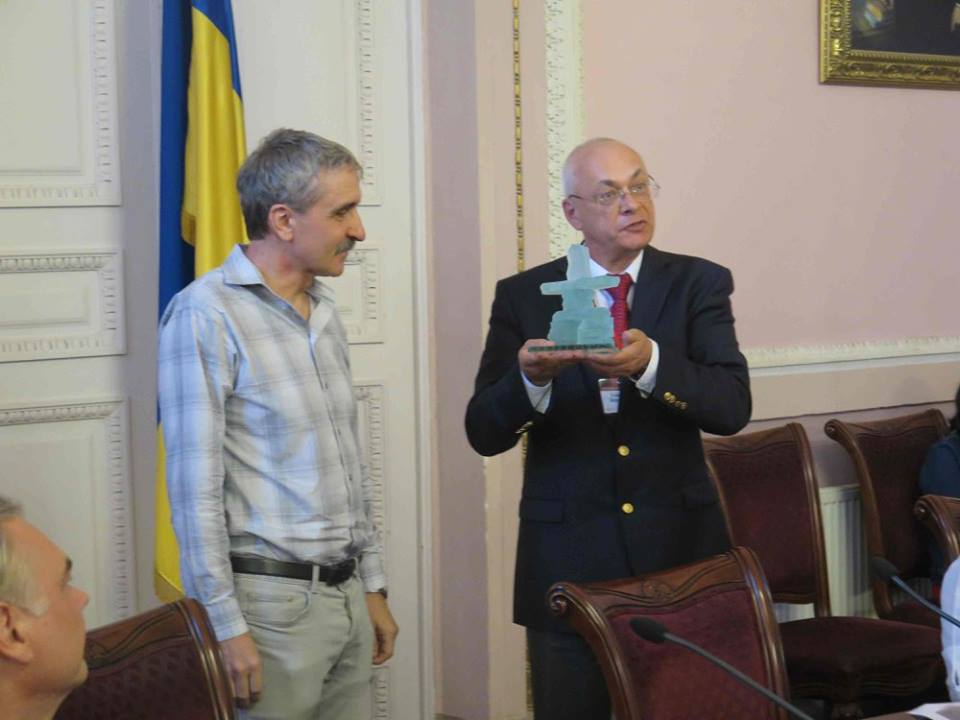 Kulyk Volodymyr. Ukrainian Nationalism since the Outbreak of Euromaidan // Ab Imperio. 2014. №3.